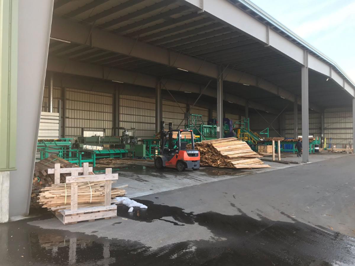羽越木材協同組合の鶴岡工場と併設のバイオマス発電所