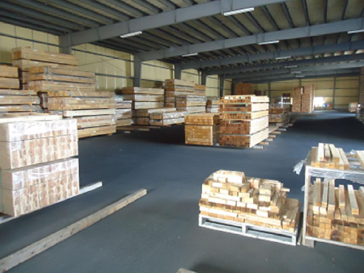 アウトレット木材をお得に販売しています